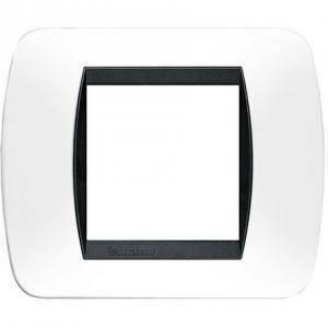 bticino livinglight placca 2 moduli plastica colore bianco cornice nera l4802pb