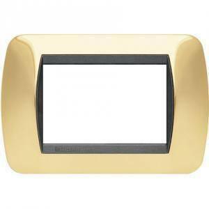 bticino livinglight placca 3 moduli color oro vero cornice nera l4803or