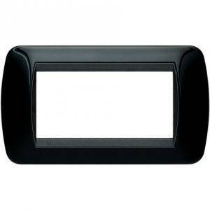 bticino livinglight placca 4 moduli colore nero cornice nera l4804nr