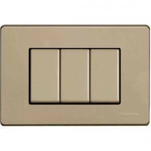 bticino magic placca 3 posti in resina colore avorio 503/3a/r