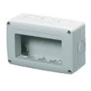 gewiss contenitore vuoto 4 posti applicazioni fisse o mobili gw27004