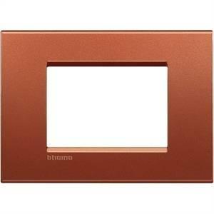bticino livinglight  placca 3 moduli colore brick lna4803rk