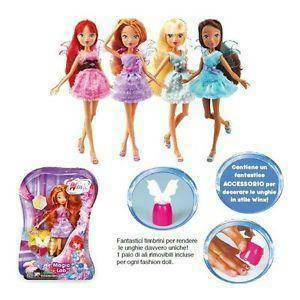 giochi preziosi bambola winx con ali fatate e timbrino decora unghie