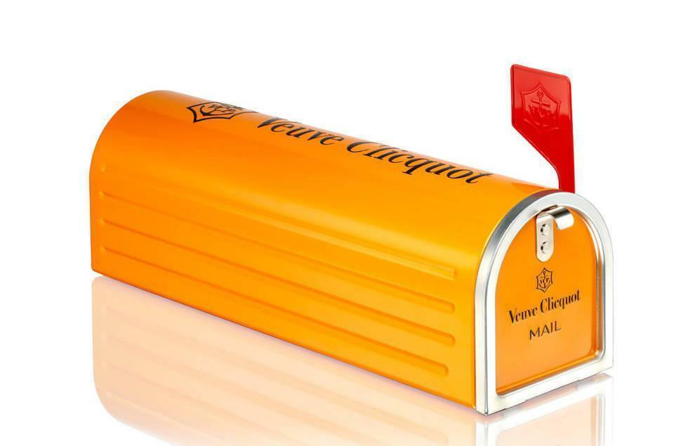 veuve clicquot veuve clicquot saint petersbourg cuvee brut spb mailbox in latta 75 cl
