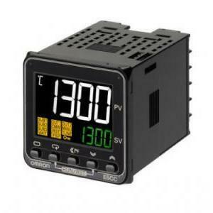omron omron rele' di controllo temperatura termoregola  48x48mm multingresso uscita a rele' 3a/250v ca