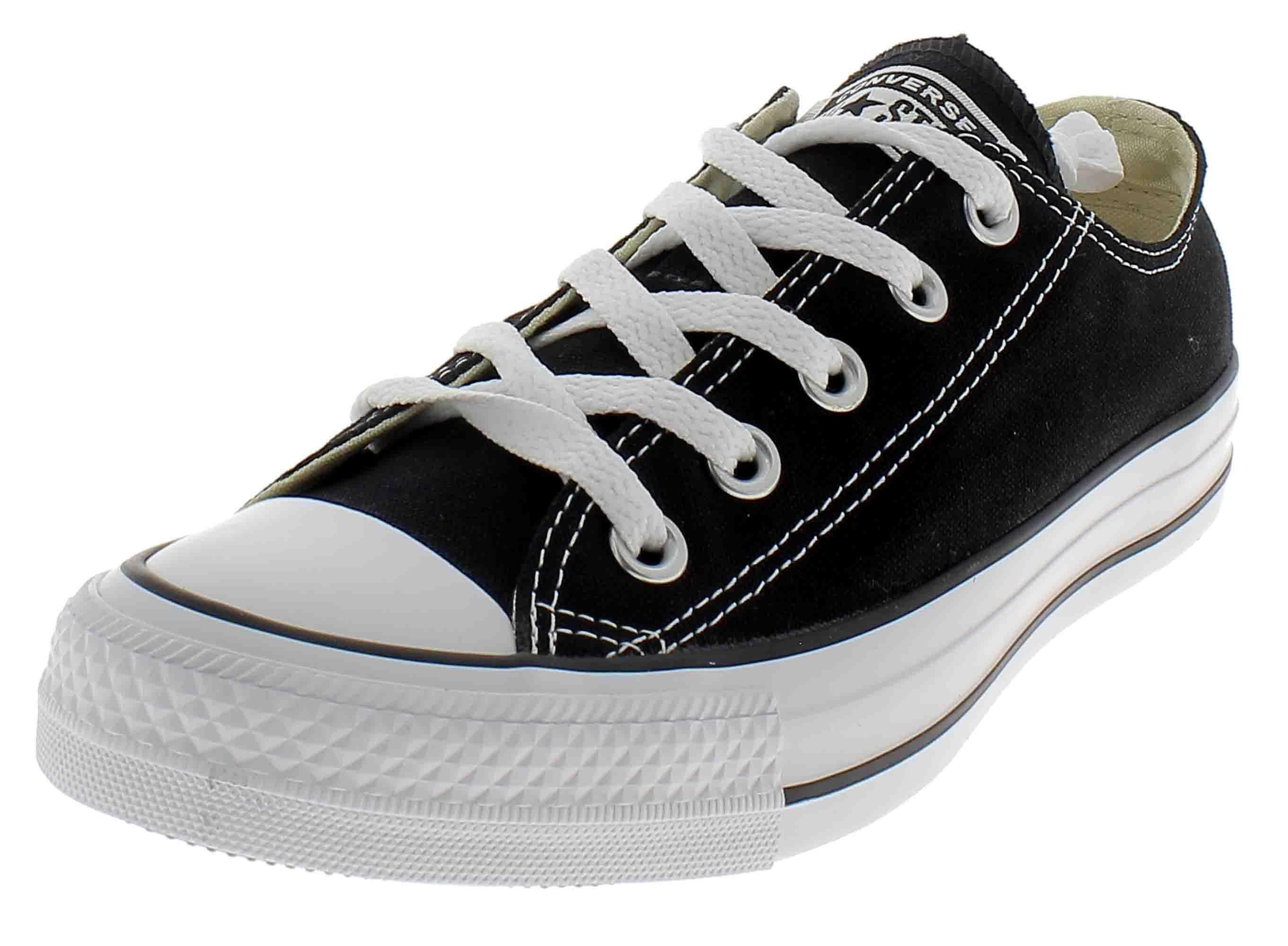 zapatos negros converse