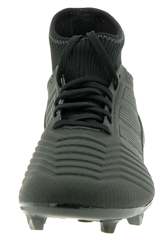 Predator 18. 3 fg scarpe calcio uomo neri a Priverno
