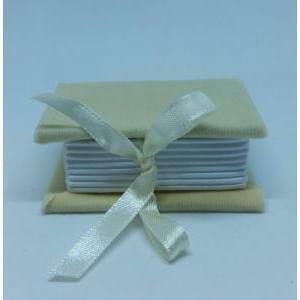 portaconfetti 4,5x6,5 cm libro alcantara - avorio