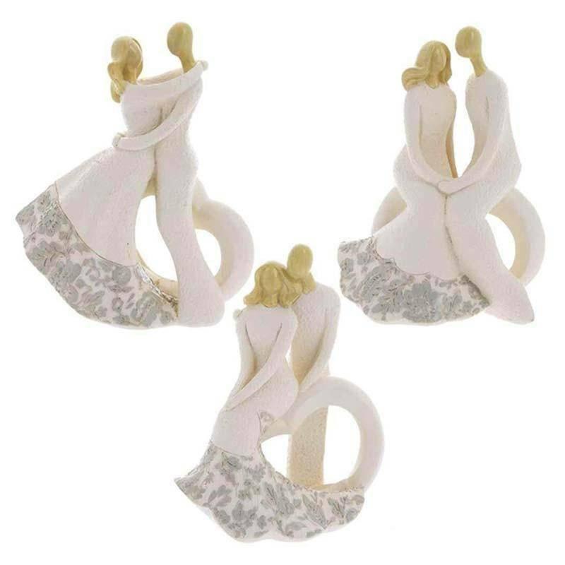 sud time sud time coppia sposi con cuore in resina avorio soggetti assortiti  - 12 x 16 cm