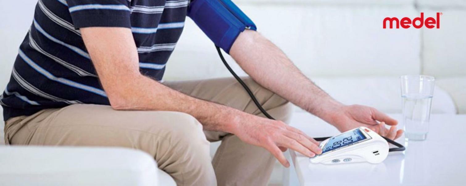 medel medel -  misuratore sense di pressione automatico + 1 gel mani omaggio